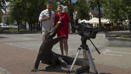 Ilona Małek i Marcin Pawlak na Rynku w Kolbuszowej