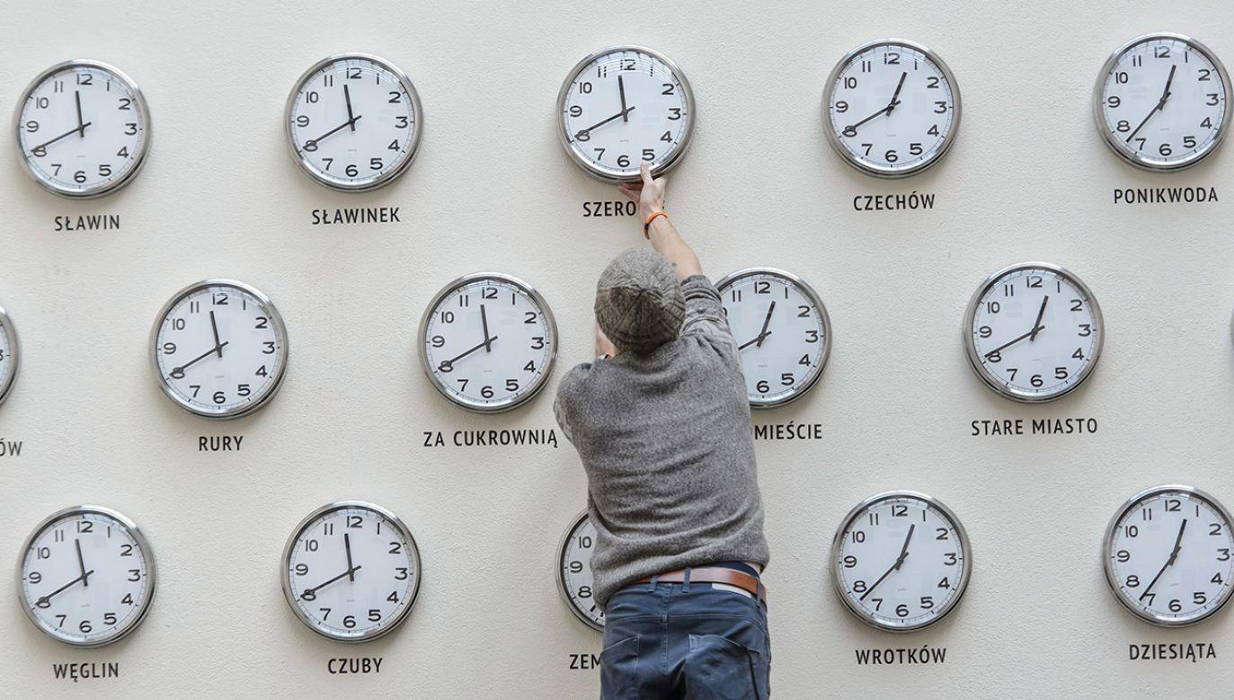 W ankiecie unijni urzędnicy pytają m.in. o doświadczenia związane ze zmianą czasu (fot. arch.PAP/Wojciech Pacewicz)