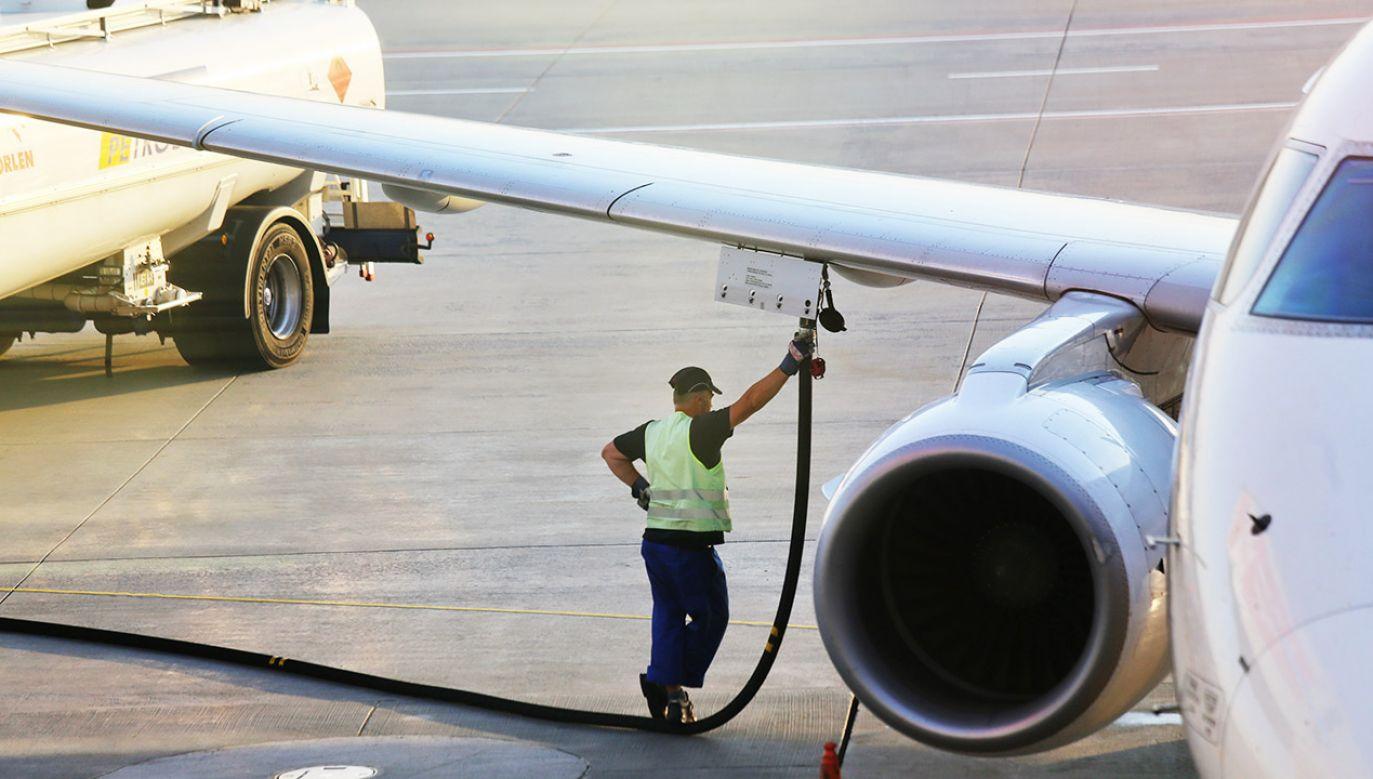 Kierownictwo związków zawodowych zapowiada strajk i liczy na uziemienie 40 samolotów (fot. Shutterstock/MikeDotta)