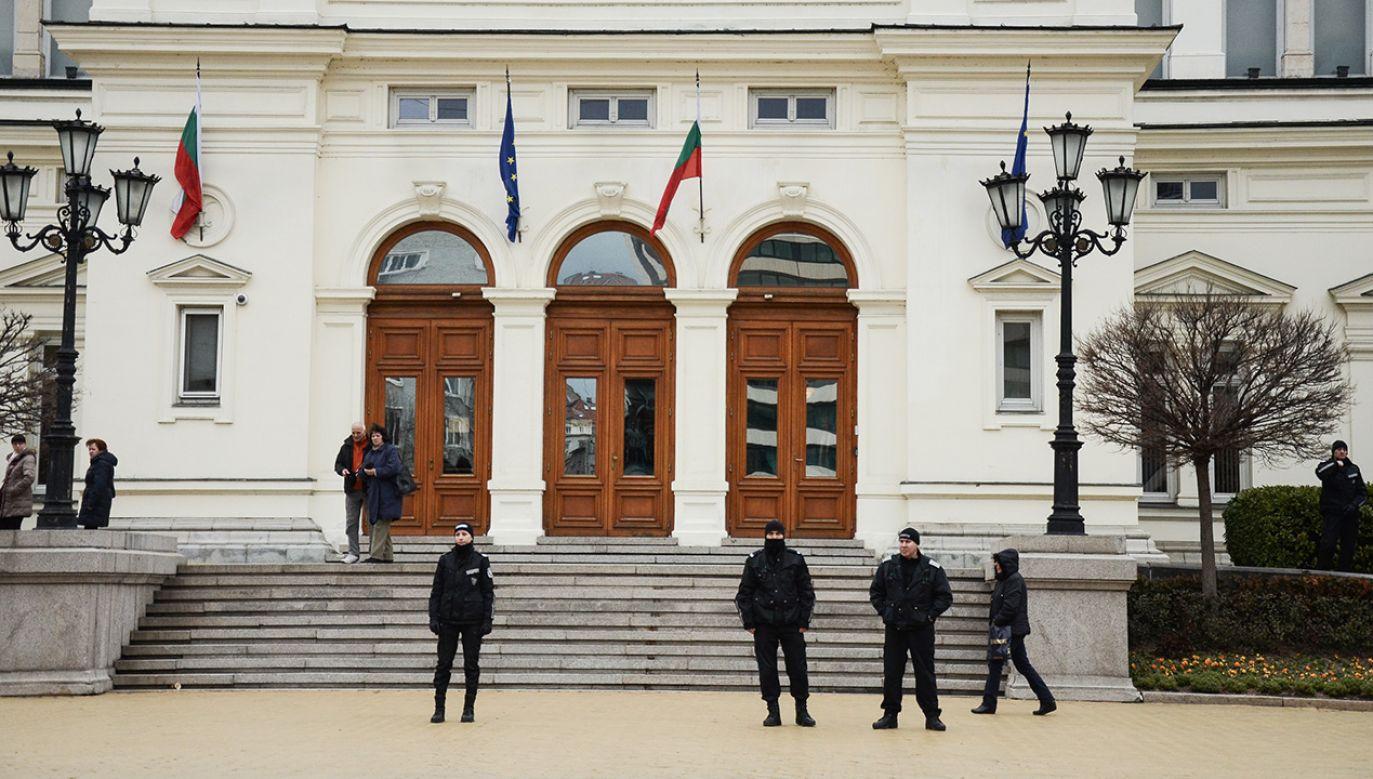 Przyczyną bojkotu jest sprzeciw lewicowej Bułgarskiej Partii Socjalistycznej (BSP) wobec przyjętych w zeszłym tygodniu zmian w ordynacji wyborczej (fot. Hristo Rusev/NurPhoto/Getty Images)
