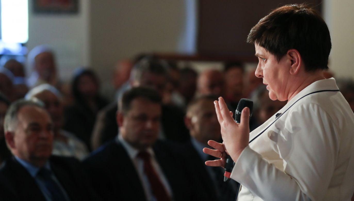 Wicepremier zwróciła się szczególnie do seniorów (fot. PAP/Grzegorz Momot)