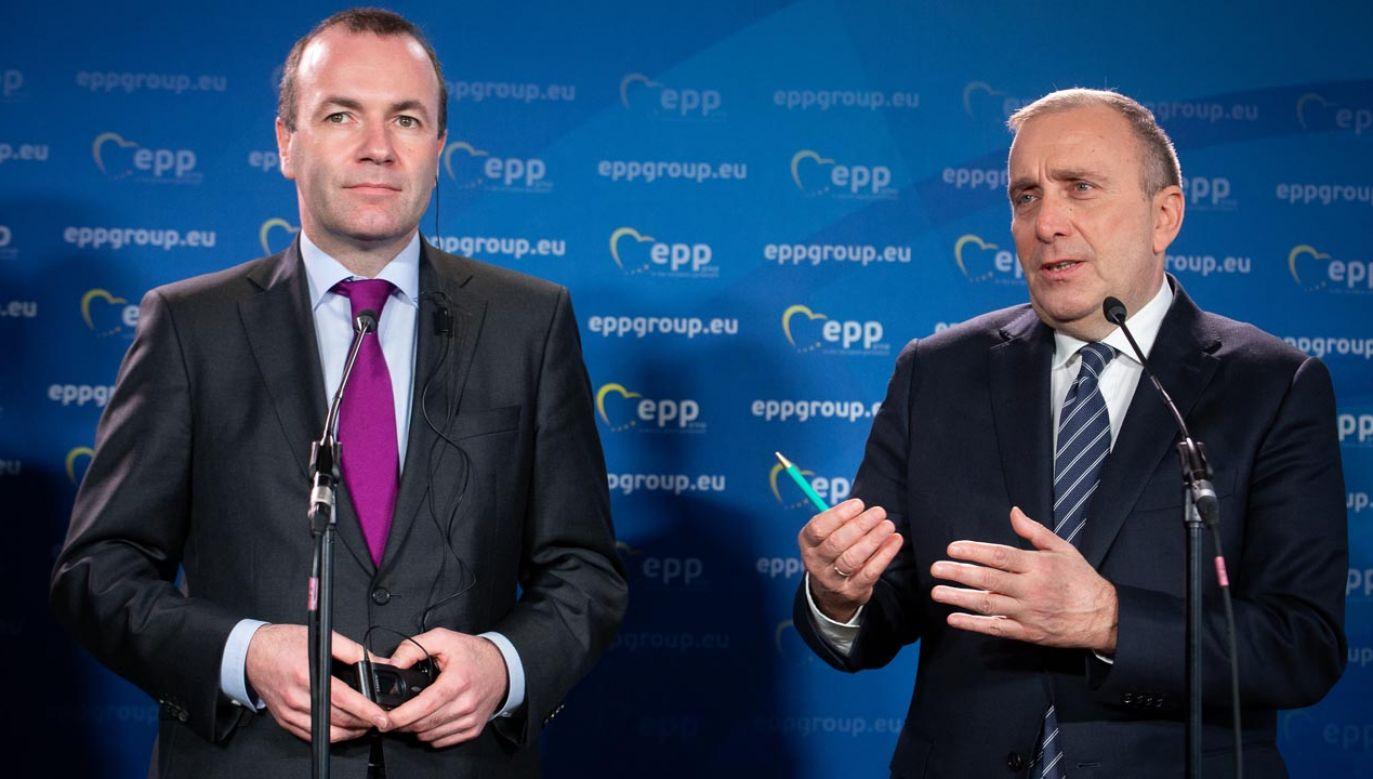 Grzegorz Schetyna i Manfred Weber, przewodniczący grupy poselskiej Europejskiej Partii Ludowej w PE (fot. Mateusz Wlodarczyk/NurPhoto via Getty Images)