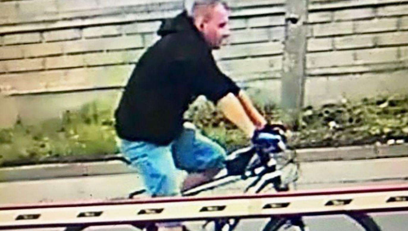 Policja publikuje wizerunek agresora i prosi o pomoc (fot. KMP Chorzów)