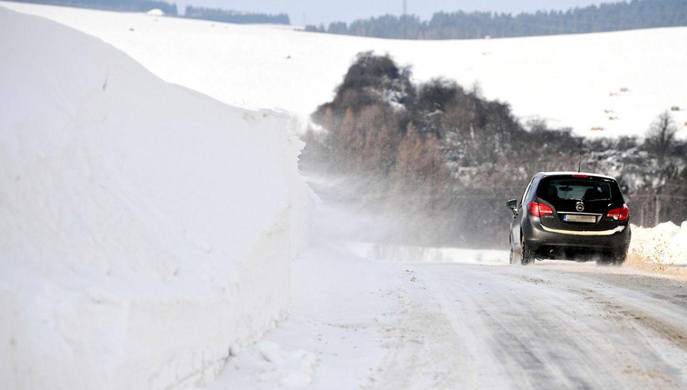 Instytut Meteorologii i Gospodarki Wodnej wydał ostrzeżenia (fot. PAP/Darek Delmanowicz)