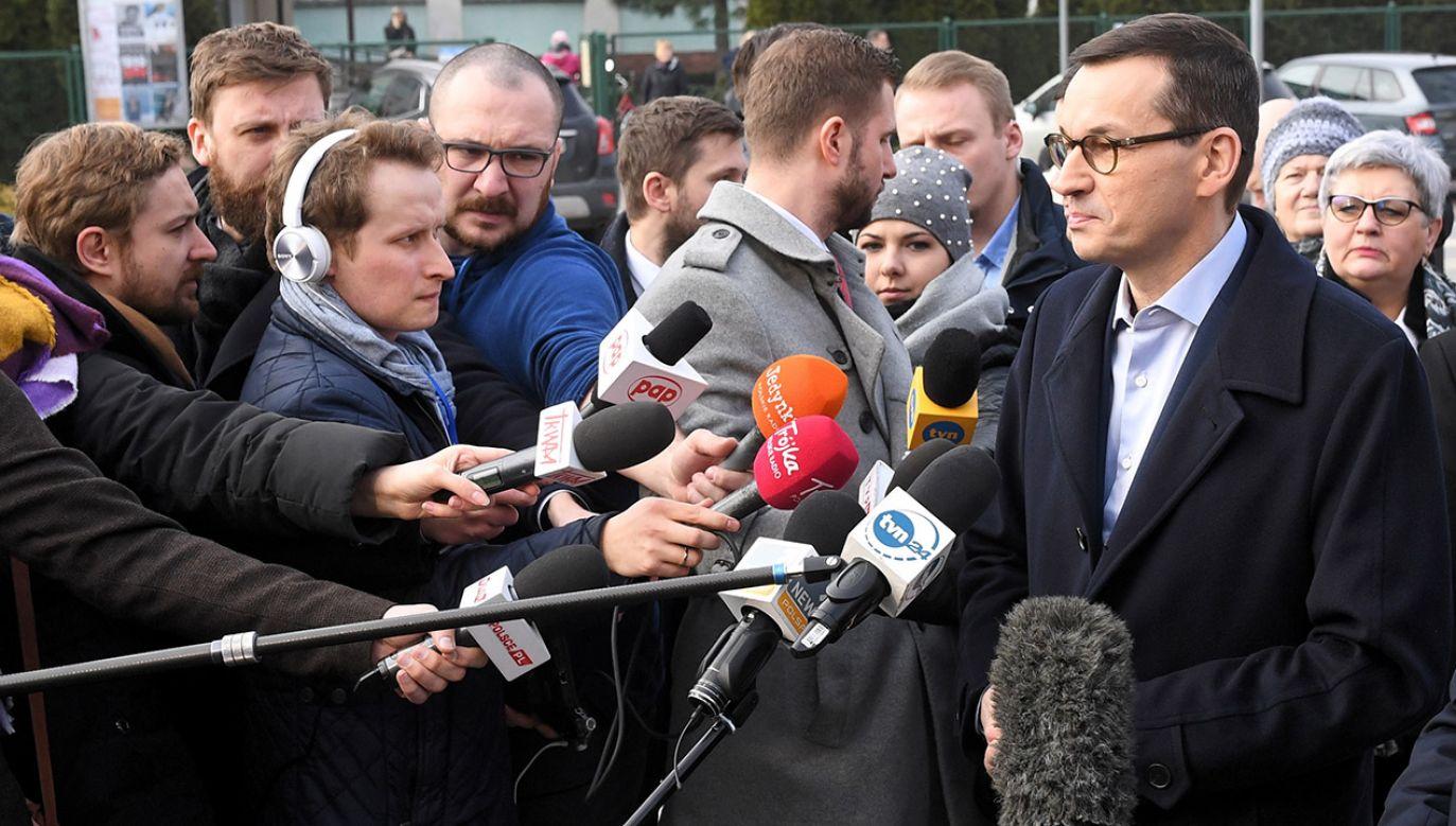 Premier podjął decyzję o odwołaniu wizyty polskiej delegacji na szczyt V4 w Izraelu (fot. PAP/Radek Pietruszka)