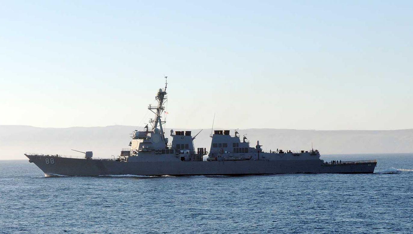 Przed dwoma tygodniami dwa amerykańskie okręty również pływały po Morzu Południowochińskim (fot. en.wikipedia.org)