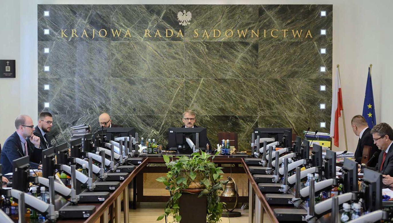 Krajowa Rada Sądownictwa i wyrok TK ws. wyborów jej sędziów (fot. arch. PAP/Jakub Kamiński)