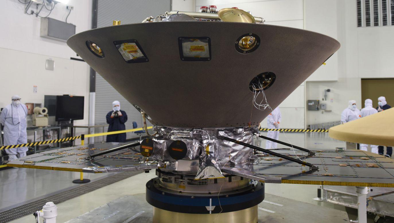 Jeżeli wszystko pójdzie zgodnie z planem, lądownik InSight osiądzie na Czerwonej Planecie 26 listopada (fot. PAP/EPA/Michael Peterson HANDOUT)