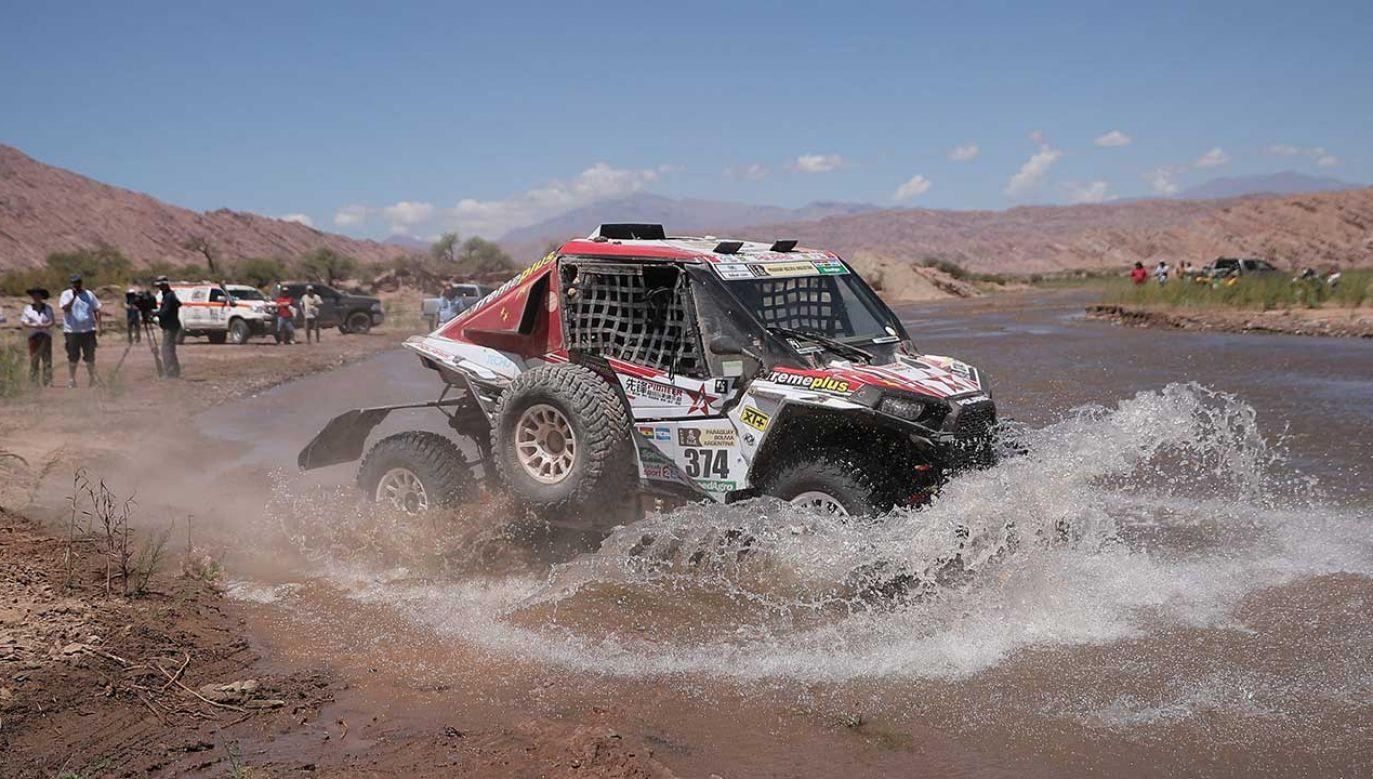 Pojazd kategorii UTV na Rajdzie Dakar (fot. PAP/EPA/NICOLAS AGUILERA)
