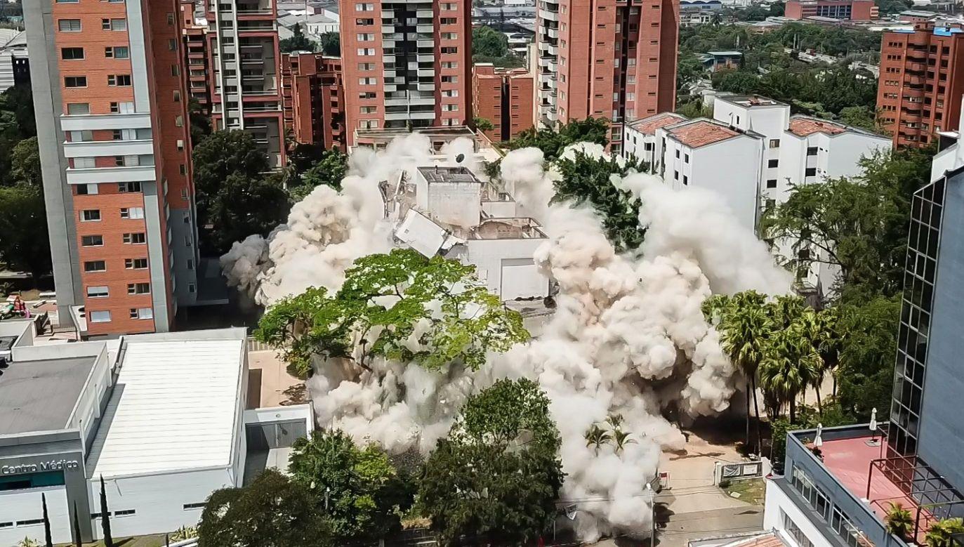 W miejscu, gdzie stał budynek, ma powstać pomnik ofiar karteli narkotykowych (fot. Juan David Moreno Gallego/Anadolu Agency/Getty Images)