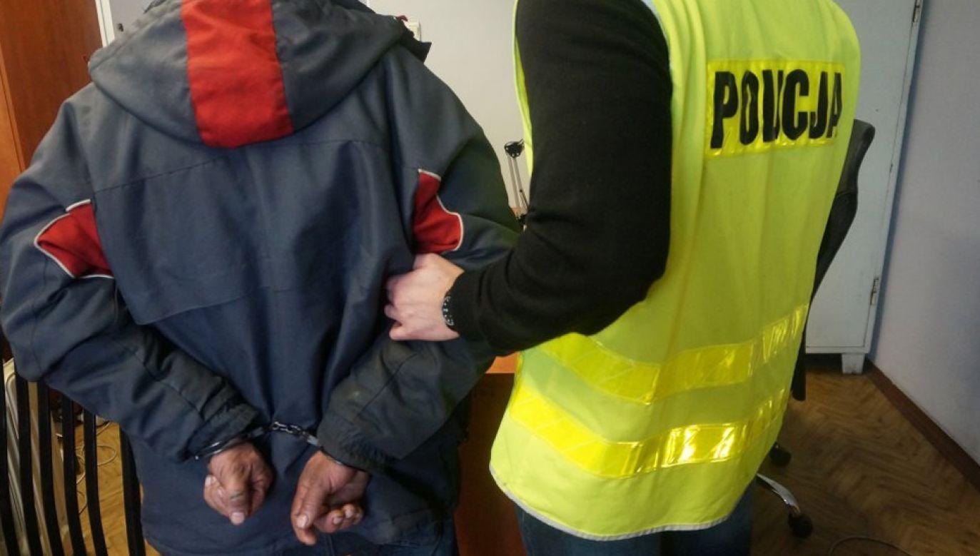 W momencie zatrzymania mężczyzna miał niemal 4 promile alkoholu w organizmie (fot. KMP Częstochowa)