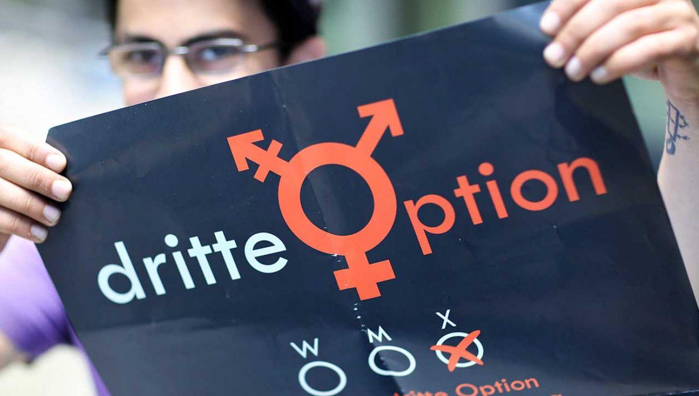 """Niemcy ustanowiły """"inną"""" płeć jako pierwsze państwo europejskie (fot. PAP/DPA/Jan Woitas)"""