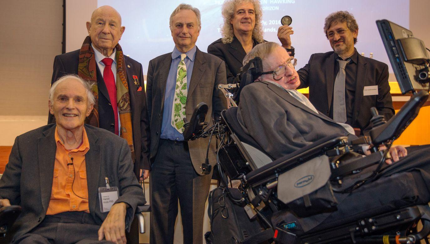Spotkanie w Londynie w grudniu 2015 roku przed ogłoszeniem laureata nagrody naukowej Stephena Hawkinga