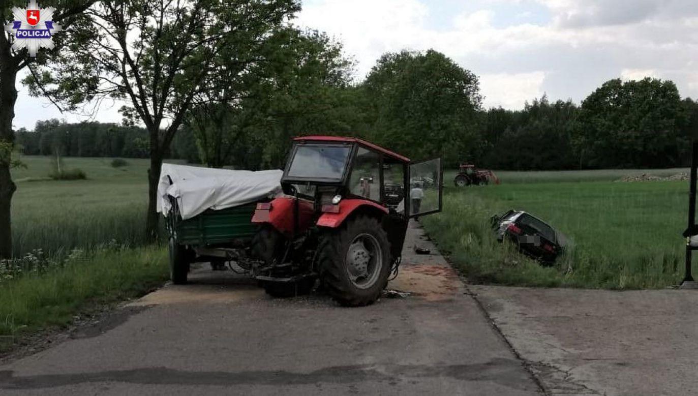 Kierujący ciągnikiem rolniczym doprowadził do zderzenia z BMW (fot. lubelska.policja.gov.pl)