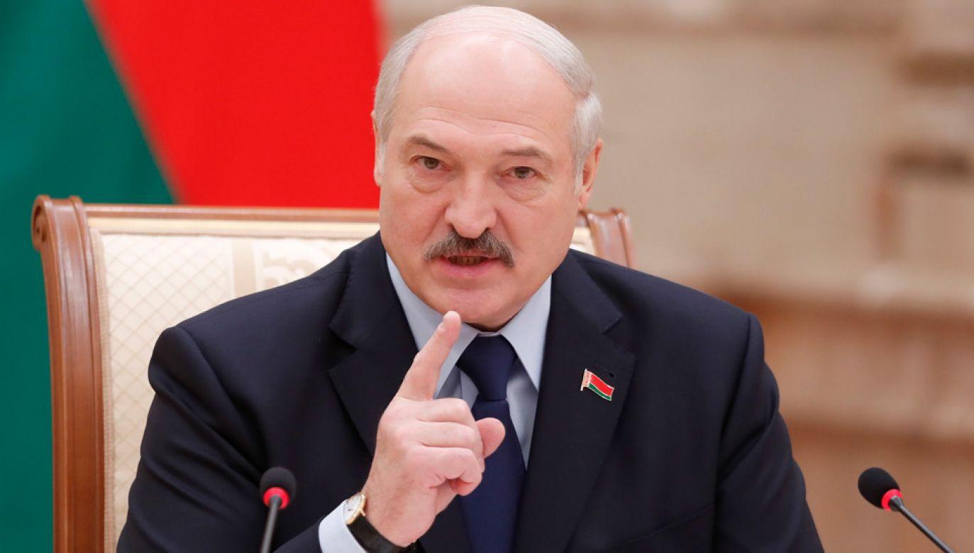 """Prezydent Alaksandr Łukaszenka oświadczył, że suwerenność Białorusi jest """"rzeczą świętą"""" (fot. PAP/EPA/VASILY FEDOSENKO / POOL)"""