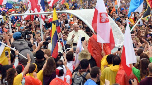 Msza na Jasnej Górze i spotkanie na Błoniach. Drugi dzień ŚDM w pigułce
