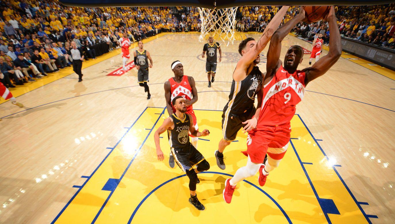Warriors od miesiąca muszą sobie radzić bez kontuzjowanego Kevina Duranta (fot. Jesse D. Garrabrant/NBAE via Getty Images)
