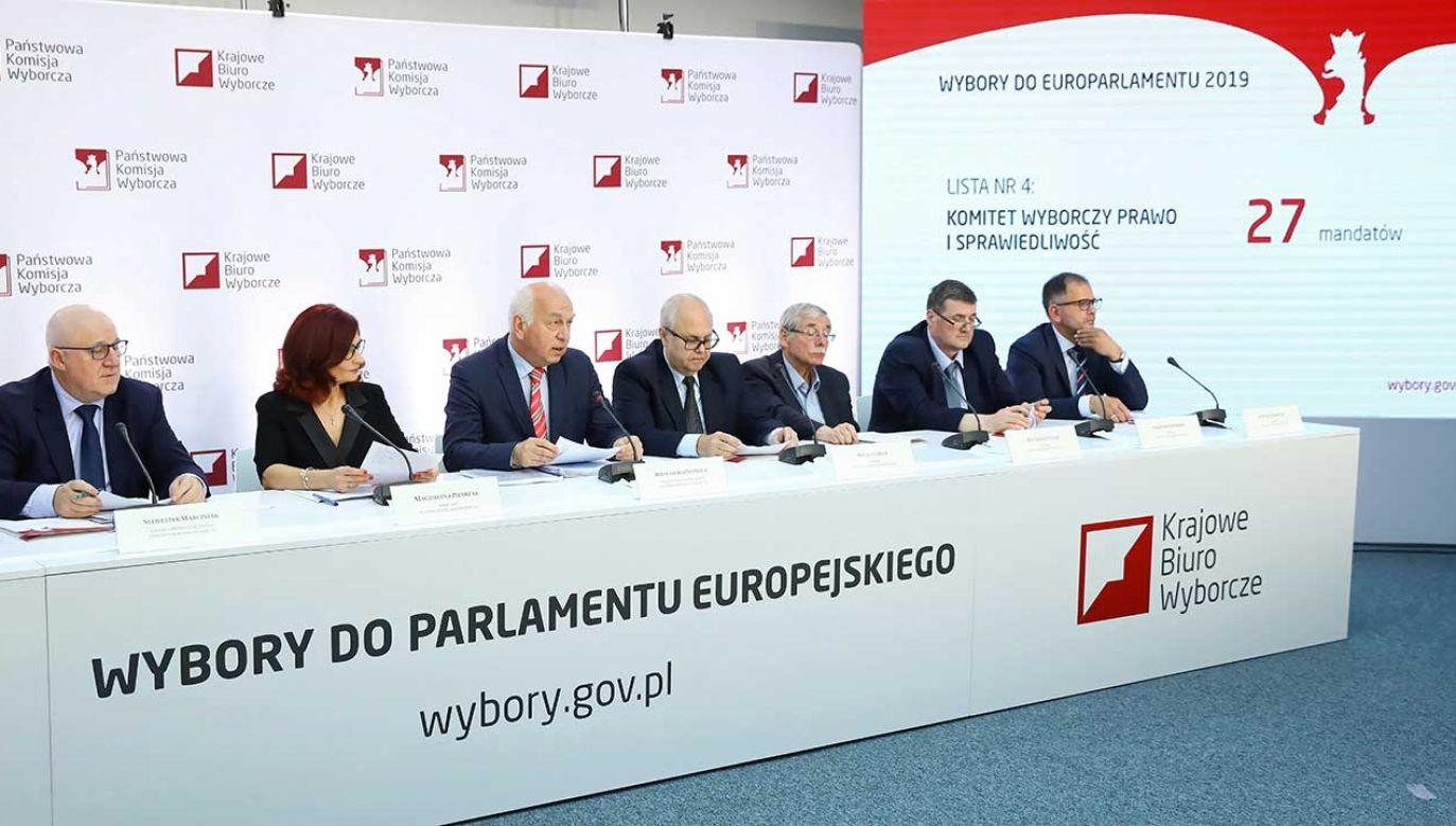 Prawo i Sprawiedliwość będzie reprezentowane w PE przez 27 europosłów (fot. PAP/Rafał Guz)