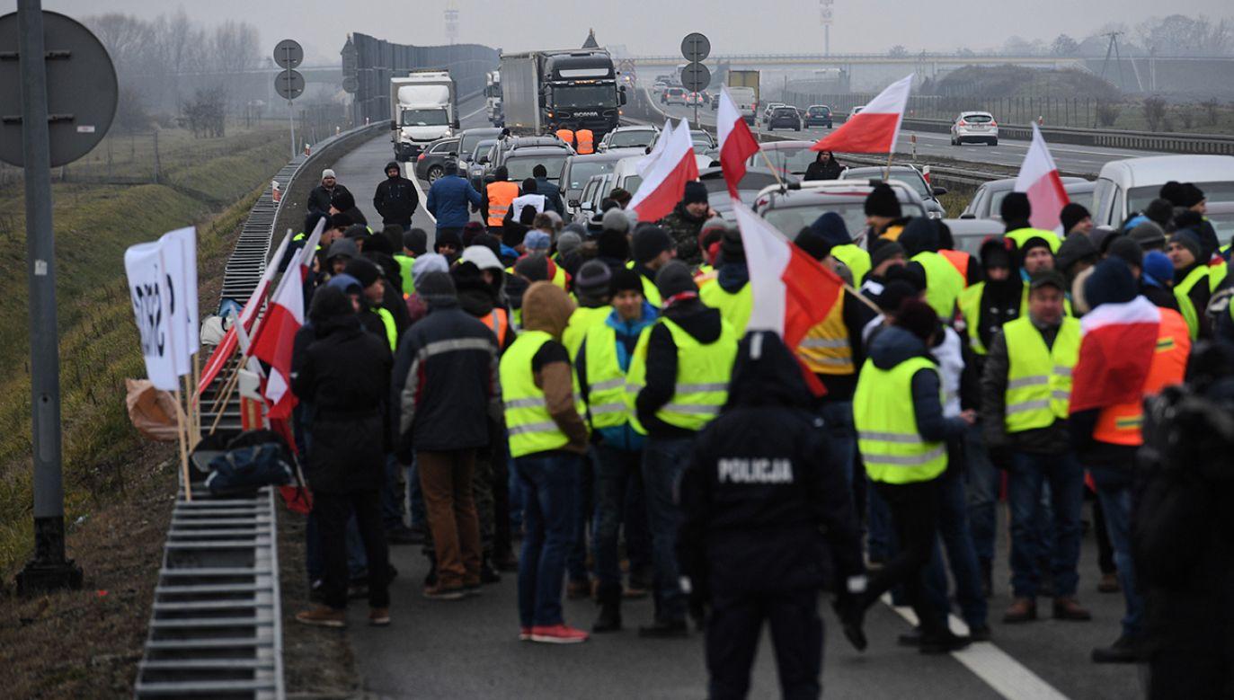 Nie wiadomo, jak długo potrwają utrudnienia (fot. PAP/Jacek Turczyk)