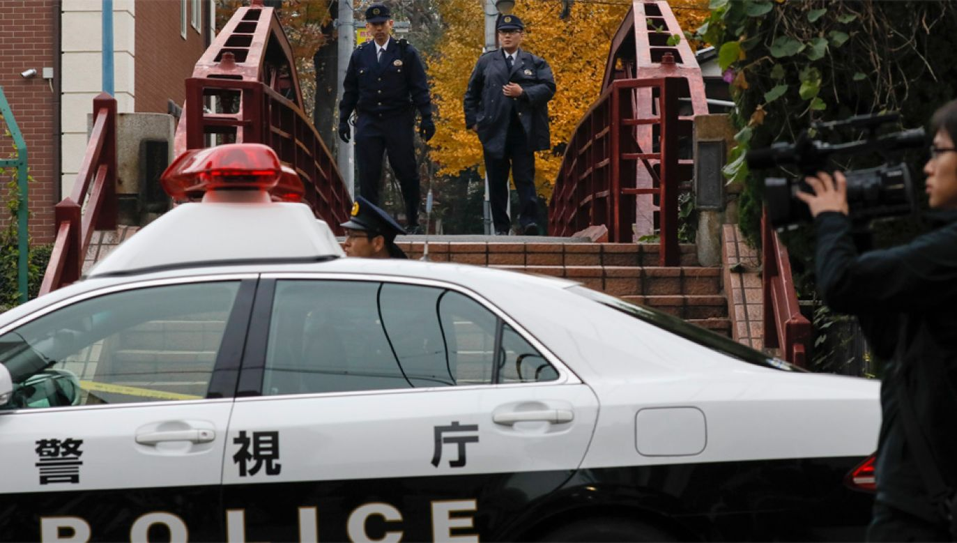 Policja prowadzi śledztwo ws. tragedii (fot. PAP/EPA/KIMIMASA MAYAMA)