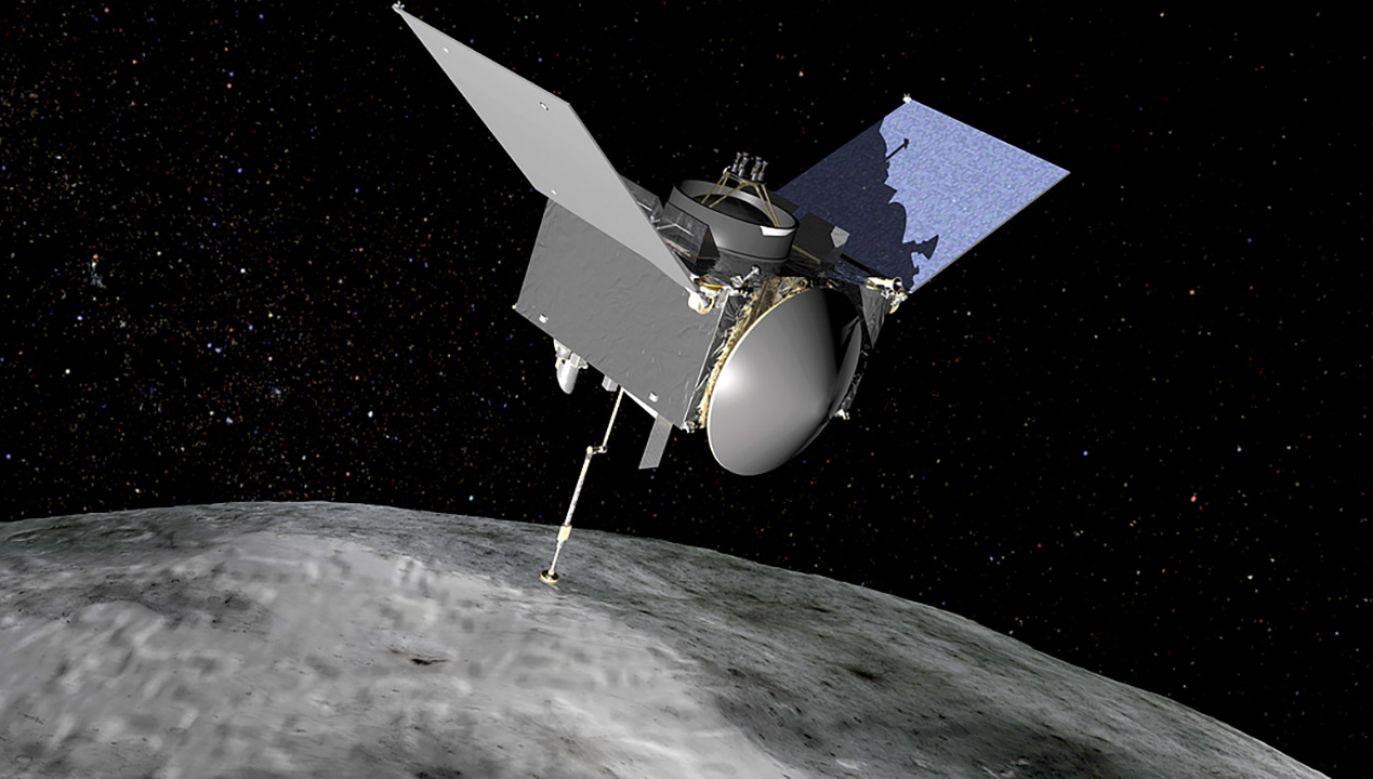 Amerykańska sonda kosmiczna OSIRIS-REx obserwuje planetoidę Bennu (fot. NASA)