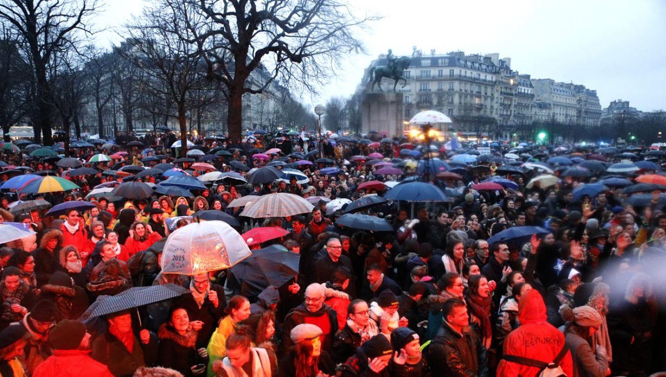 Organizatorzy twierdzą, że w marszu wzięło udził około 40 tys. osób (fot.twitter.com/@MarchePourLaVie)