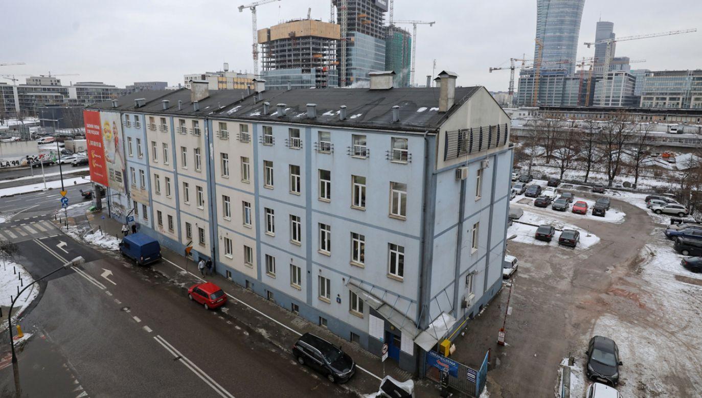 Budynek należący do spółki Srebrna na ul. Srebrnej 16 w Warszawie (fot. PAP/Paweł Supernak)