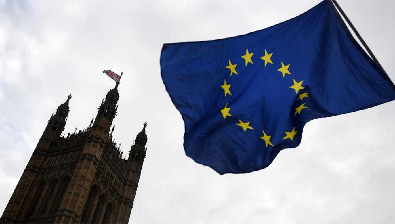 Brexit ma nastąpić w marcu 2019 roku (fot. PAP/EPA/ANDY RAIN)