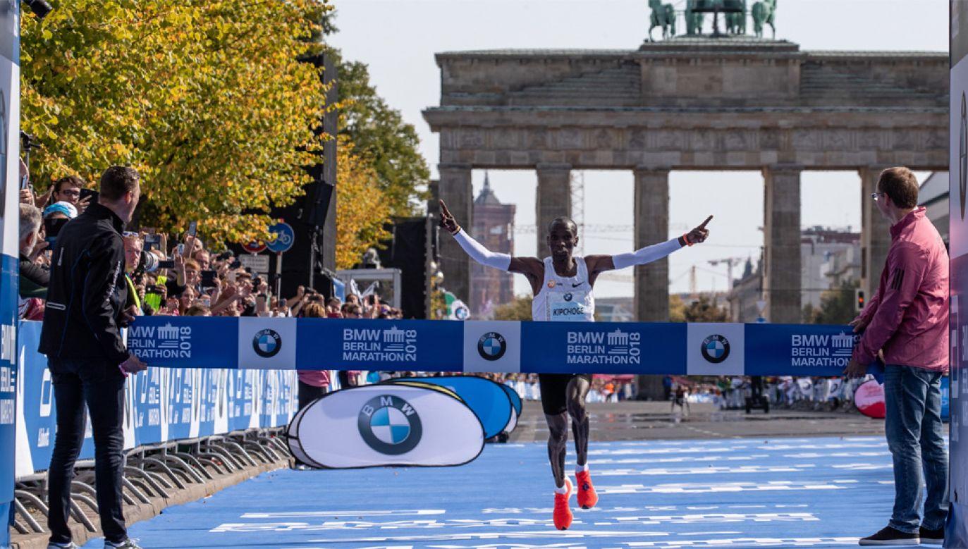 Eliud Kipchoge zdobył złoto podczas igrzysk olimpijskich w Rio (fot. PAP/EPA/HAYOUNG JEON)