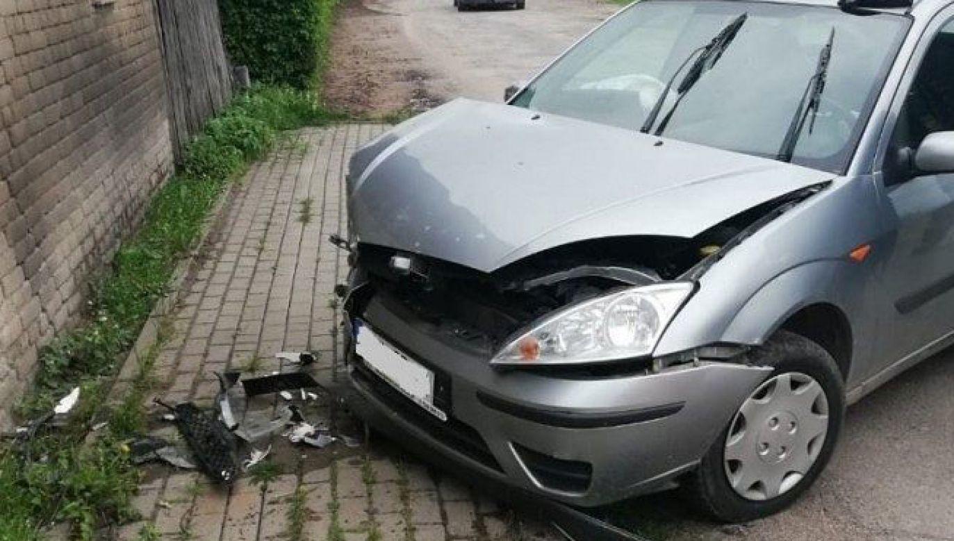 Świadkowie twierdzą, że kierowca szalał na jezdni, niemal doprowadzając do zderzenia z innym autem (fot. Policja.gov.pl)