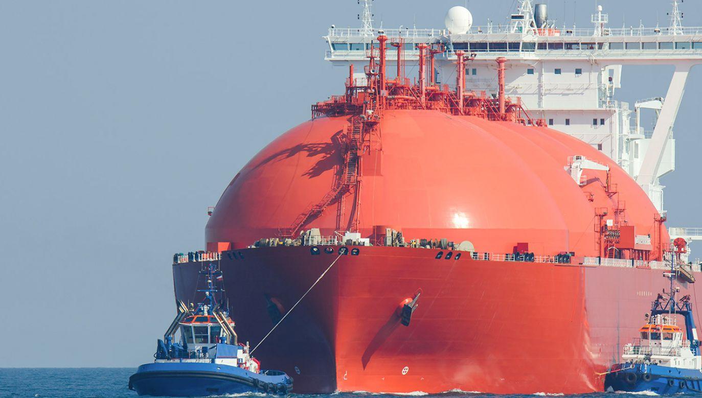Trwa rozbudowa polskiego terminalu LNG. Będzie więcej stanowisk dla statków (fot. Shutterstock/Wojciech Wrzesien)