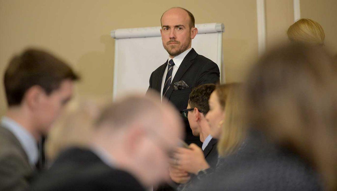 Borys Budka twierdzi, że Wojciech Kałuża dołączając do porozumienia z PiS przyjął korzyść majątkową i osobistą (fot. arch. PAP/Marcin Obara)