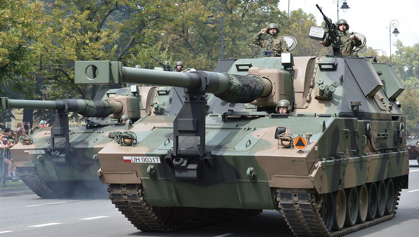 Resort obrony podkreślił, że wydatki na obronność w 2017 roku były wyższe o ponad 4 proc. niż w roku 2016(fot. arch.PAP/Marcin Obara)