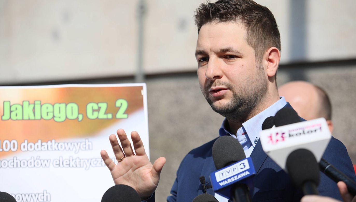Kandydat Zjednoczonej Prawicy na prezydenta Warszawy Patryk Jaki (fot. PAP/Leszek Szymański)
