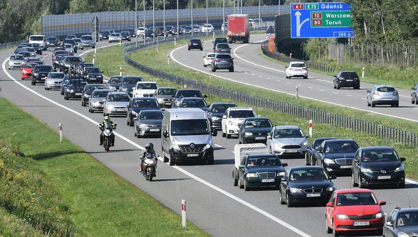Najwięcej wypadków miało miejsce w piątek (fot. arch. PAP/Tytus Żmijewski)