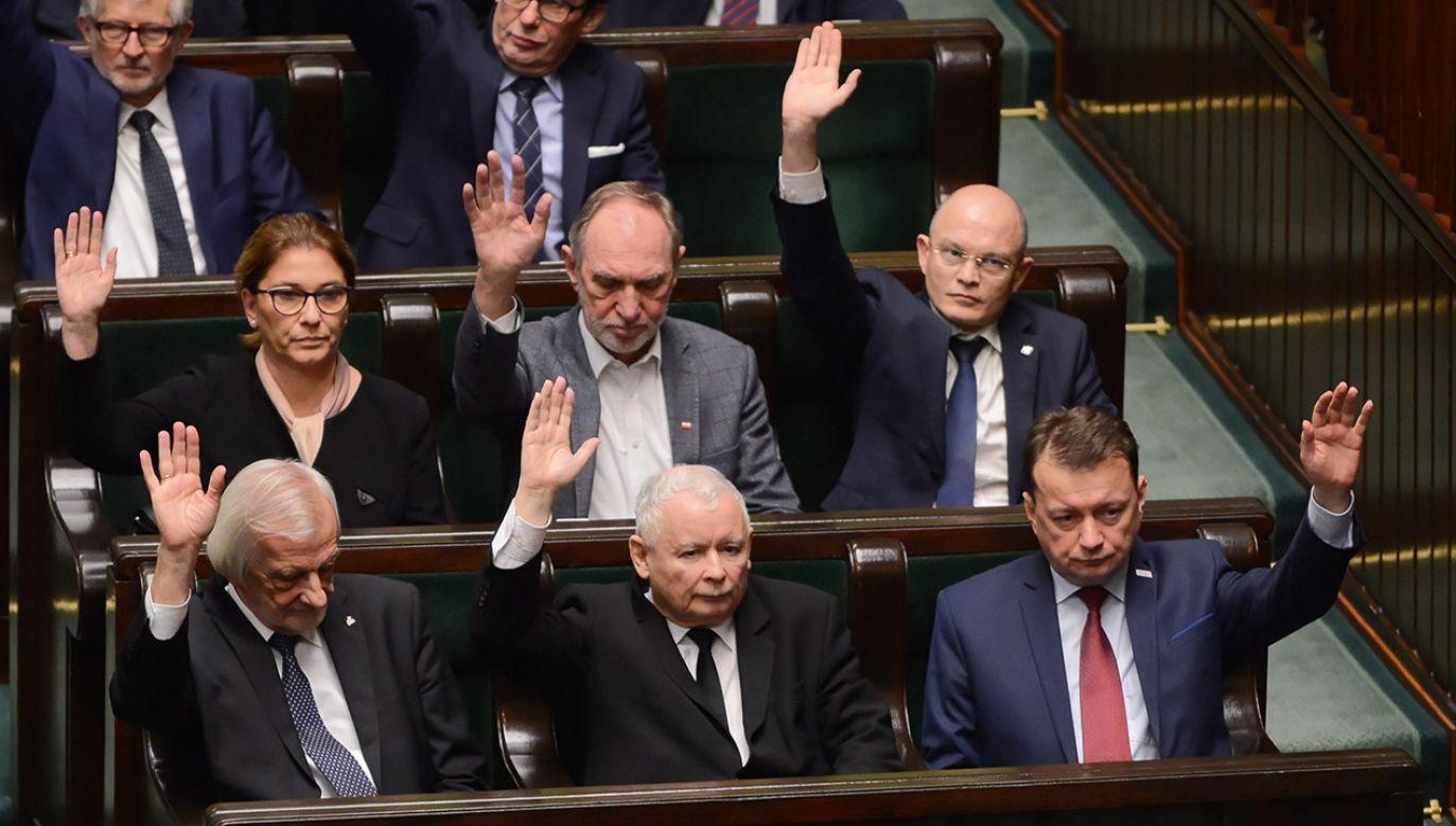 Sejm udzielił w środę wotum zaufania rządowi premiera Mateusza Morawieckiego (fot. PAP/Jakub Kamiński)