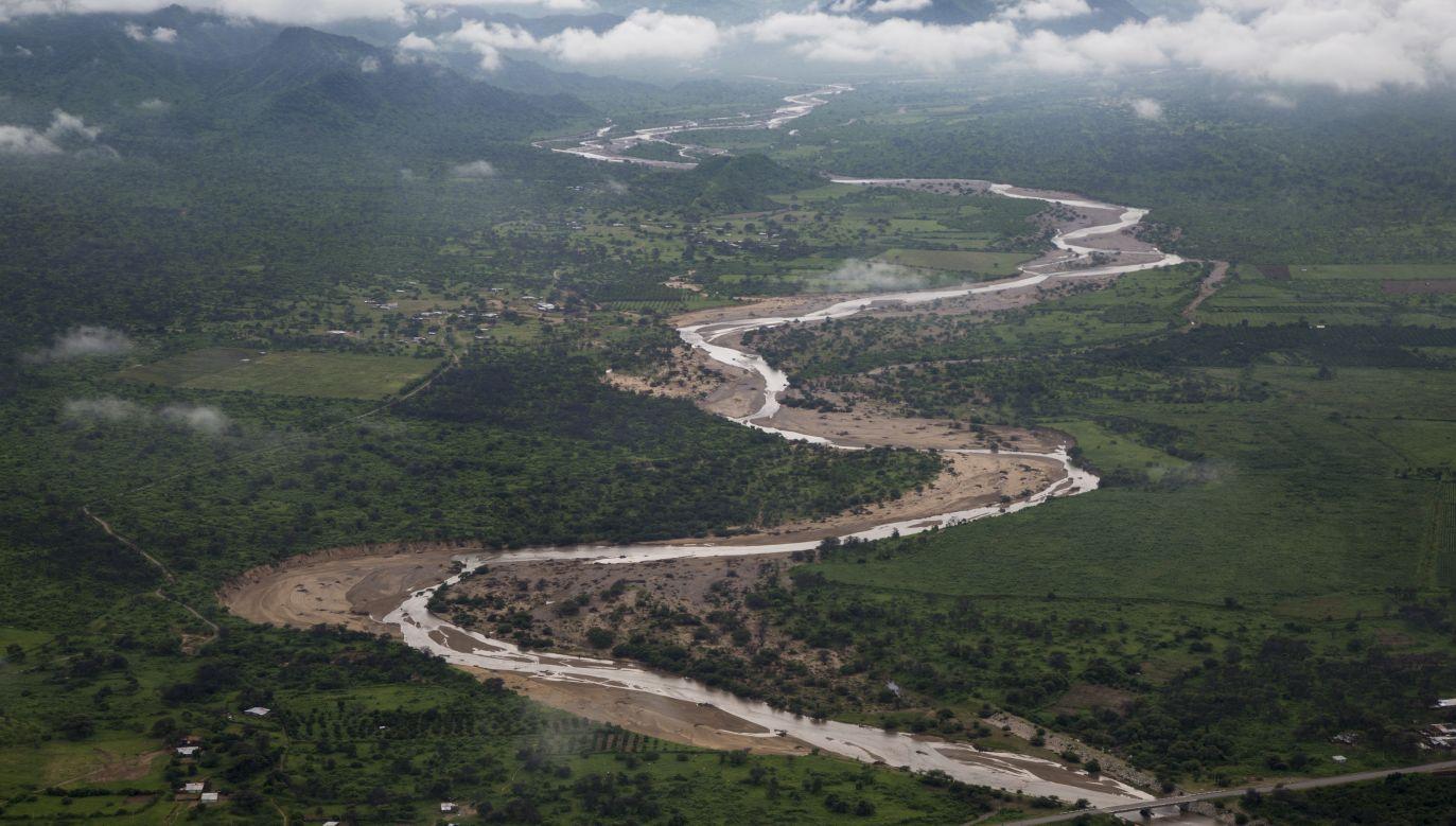 Przepełnione wodą z opadów rzeki wystąpiły z koryt (zdjęcie ilustracyjne) (fot. Manuel Medir/LatinContent/Getty Images)