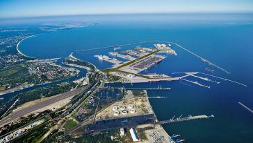 Port Centralny miałby powstać w sąsiedztwie gdańskiego półwyspu Westerplatte (fot. tt/@MGMiZS_GOV_PL)