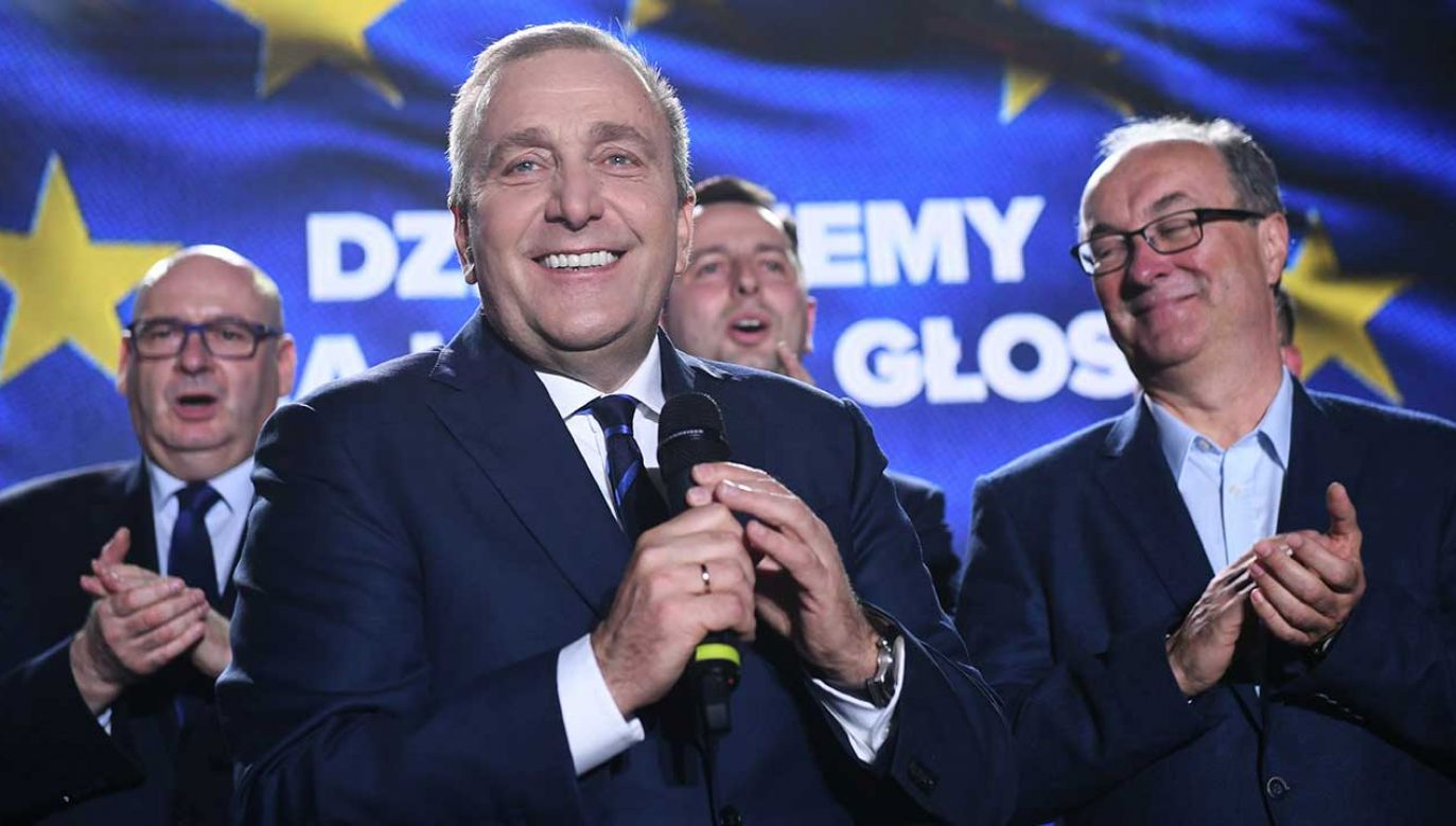 Przewodniczący Platformy Obywatelskiej Grzegorz Schetyna (fot. PAP/Radek Pietruszka)