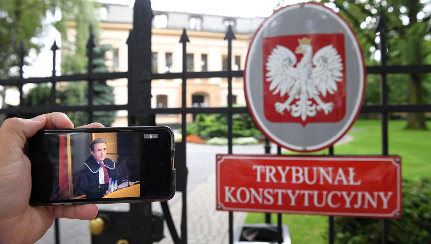 Trybunał Konstytucyjny: Nie można ograniczać prawa łaski prezydenta (fot. PAP/Radek Pietruszka)