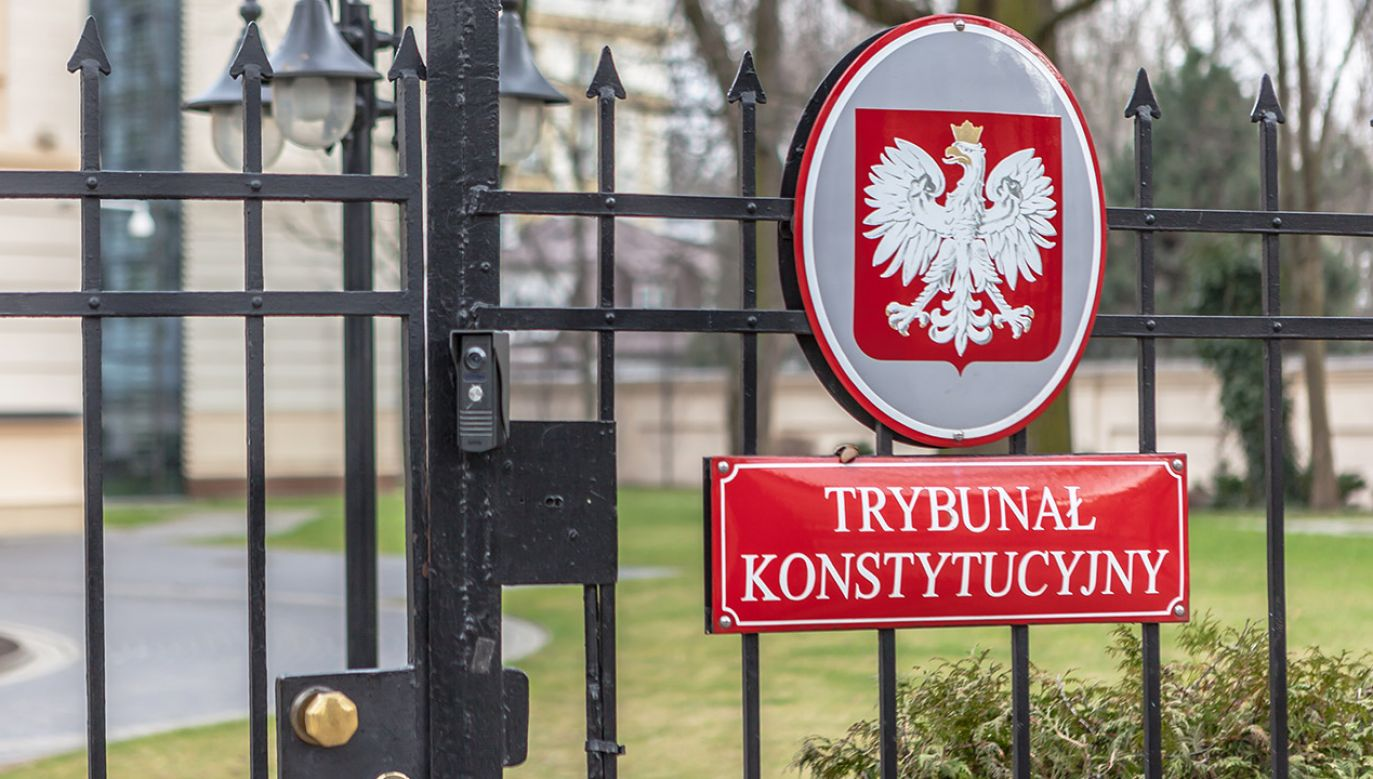 Jak orzekł TK, artykuł, który dotychczas regulował postępowanie w tej sprawie, jest niezgodny z konstytucją (fot. Shutterstock/Grzegorz Czapski)