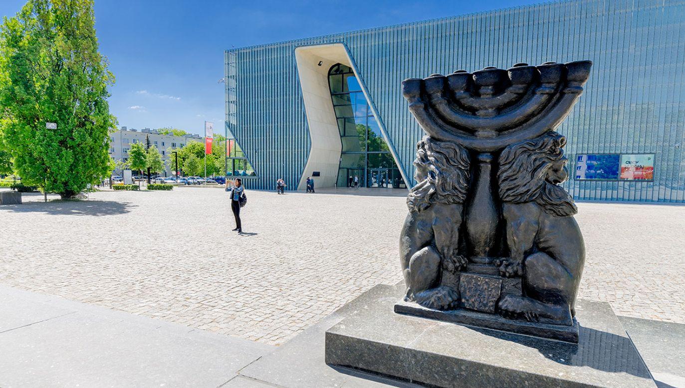 Rocznicowe uroczystości odbędą się przed Pomnikiem Bohaterów Getta (fot. Shutterstock)