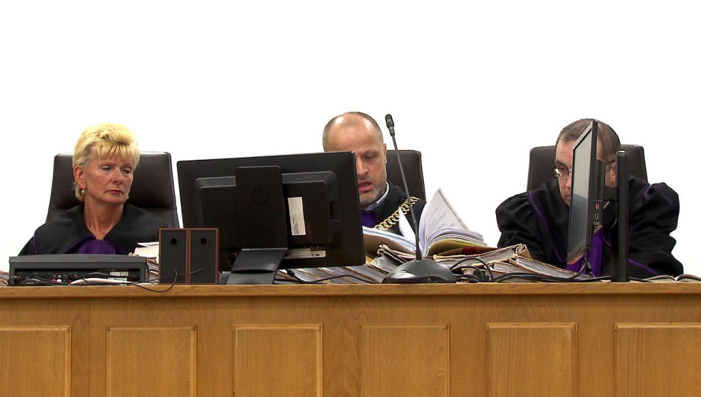 Sędzia Piotr Gąciarek skazał m.in. Adama Słomkę (fot. TVP1)