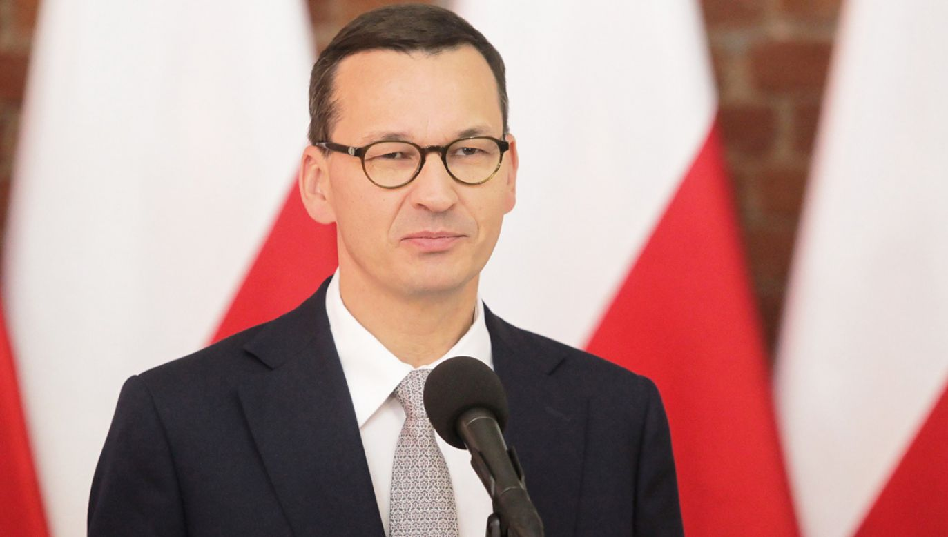 """Szef rządu powiedział, że spotkanie z Gersdorf było bardzo """"sympatyczne"""" (fot. PAP/Tomasz Waszczuk)"""