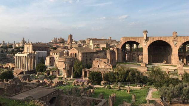 Rzym, historia i nowoczesność (fot. Flickr/vl04)