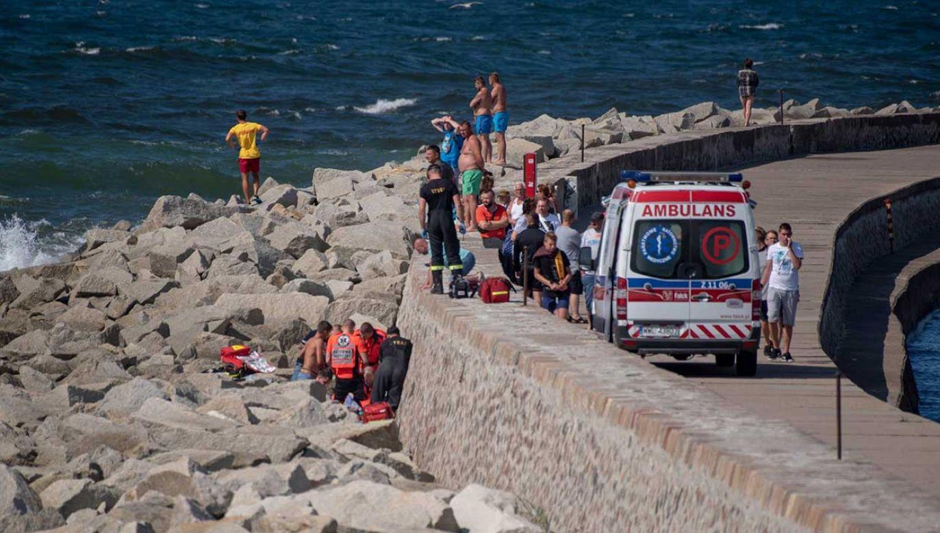 Troje dzieci porwały morskie fale (fot. FB/Paweł Breszka)