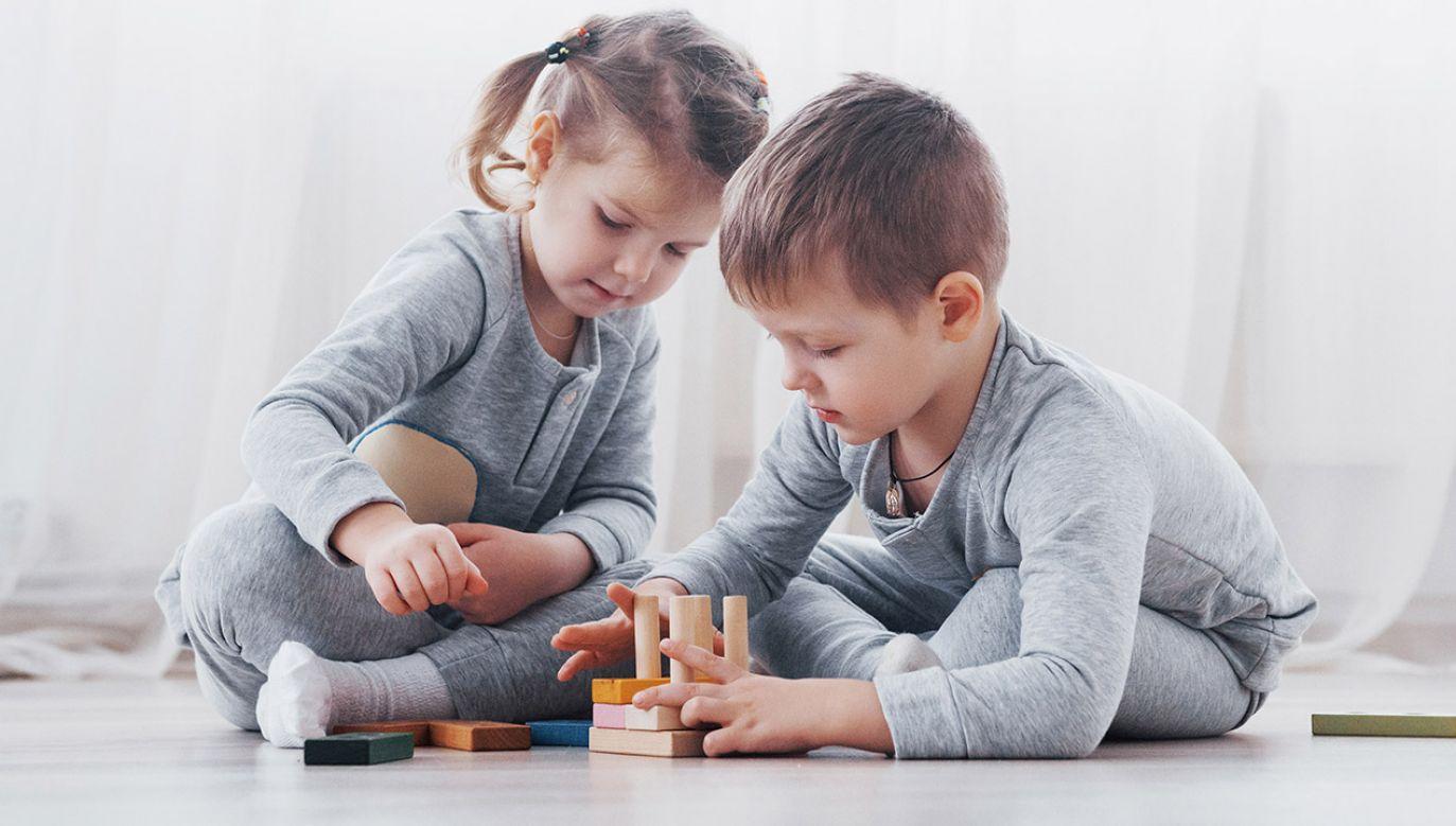 Prof. Płatek i Boni o standardach edukacji seksualnej (fot. Shutterstock/Standret)