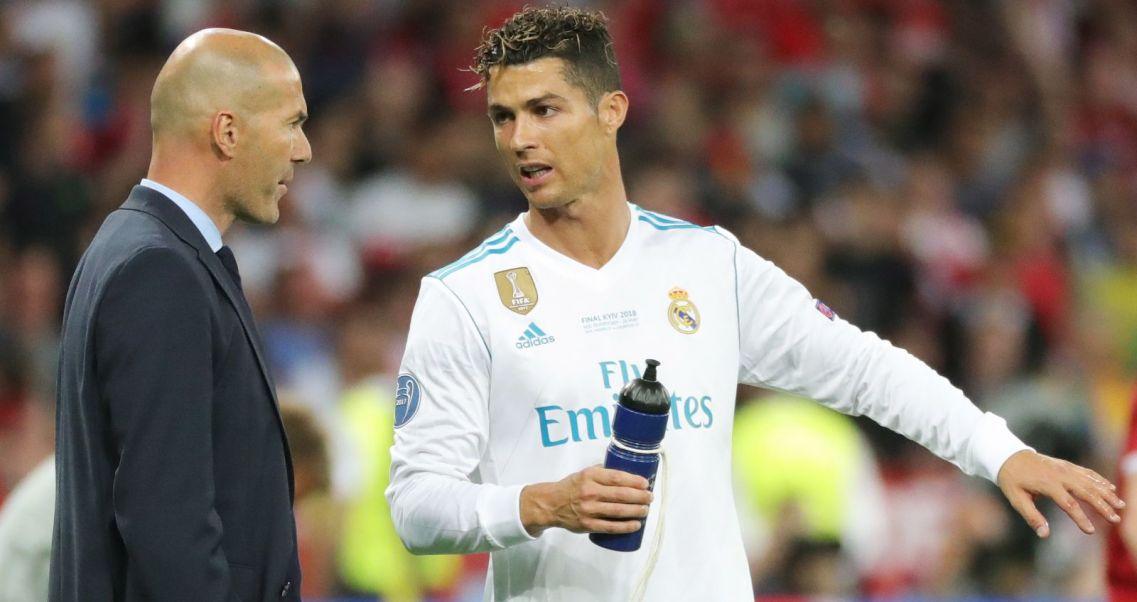 7d32e9a3d4bef Niepewna przyszłość Ronaldo.