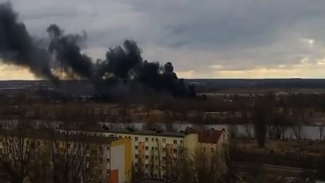 Film od widza: pożar składowiska opon na Zawarciu