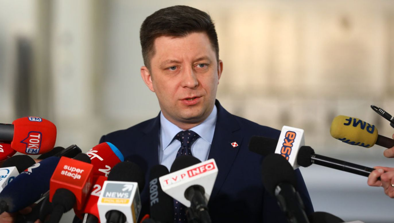 Michał Dworczyk poinformował, że premier zaprosił szefów klubów i kół na spotkanie (fot. PAP/Rafał Guz)